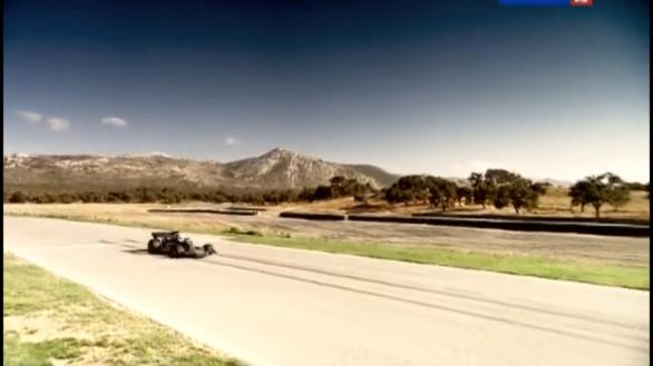 Топ Гир Стиг за рулем болида Формулы1