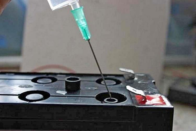 Заправка водой гелевого аккумулятора