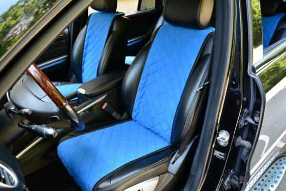 Алькантара в автомобиле: что это, преимущества и особенности