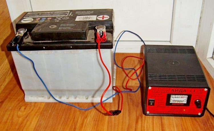 Десульфатация аккумулятора при помощи зарядного устройства